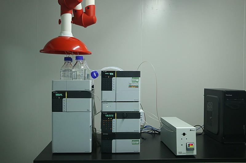 成都润馨堂药业检测中心-高效液相色谱仪